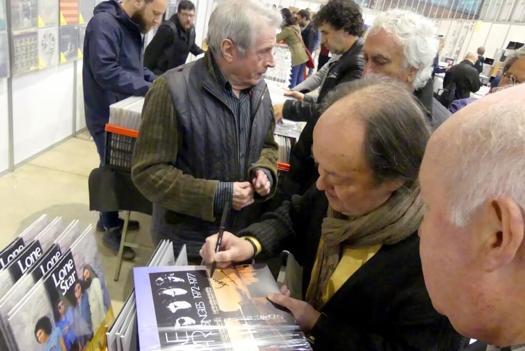 06-Fira-del-disc-Sospedra-firmando